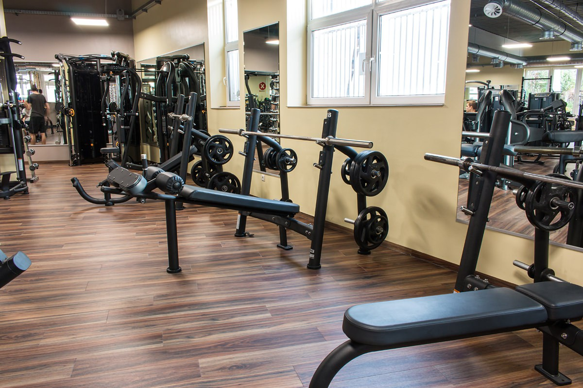 Infinity Fitnessstudio Mölln - Trainiere 24/7 ab 24,90 €/Monat